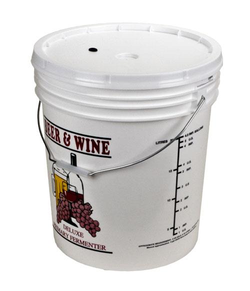 Bucket Ferm w/d&g: lid 7.9 gal (1)