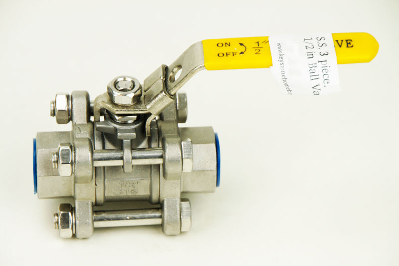 S.S. 3 piece.: 1/2 in Ball Valve (1)