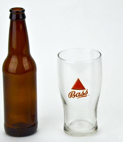 Bass Trademark: 20oz pub glass (1)