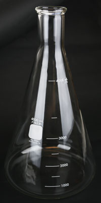 4000 ml Erlenmeyer:Pyrex Flask (1)